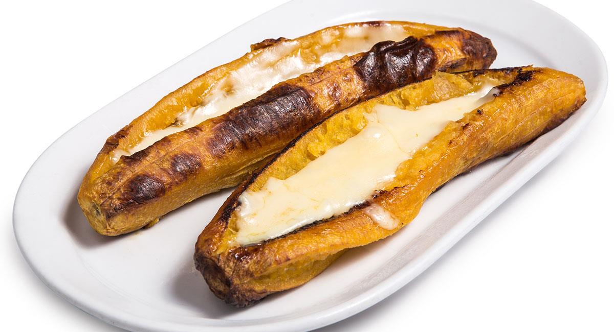Plátano asado con queso