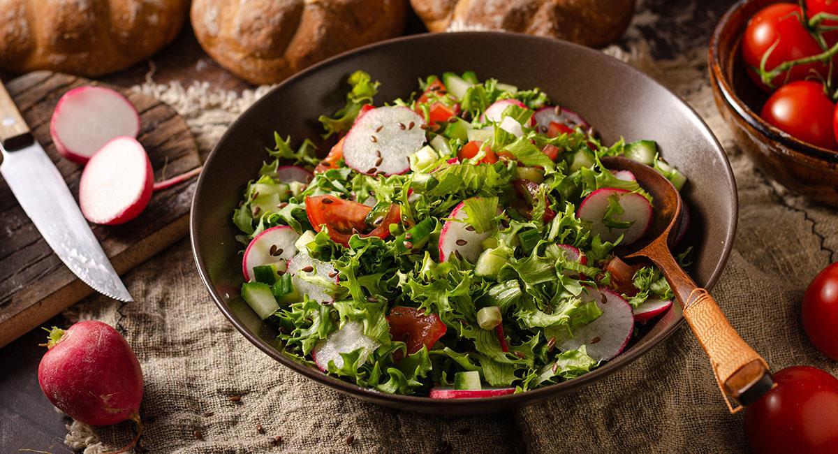 Ensalada de pollo y jamón (Líbano)