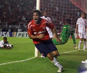 Independiente revalida su historia y se acerca a la gloria; Fotos: EFE
