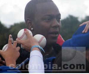 Édgar Rentería alegró la tarde del béisbol bogotano