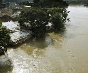 Norte colombiano bajo el agua por fuertes lluvias que cambiaron mapa del país