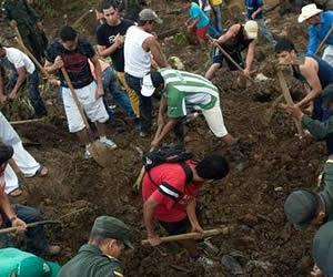 Ya se han rescatado 79 cuerpos de víctimas del alud en Bello
