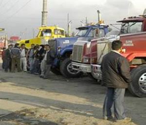 Mintransporte advierte medidas judiciales a camioneros en paro