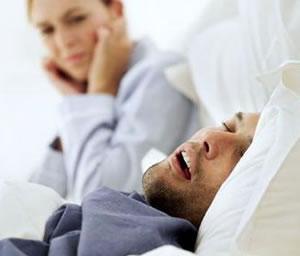 El ronquido, un problema que causa rupturas de pareja