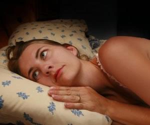 Ver televisión o consultar ipad antes de dormir perturba sueño