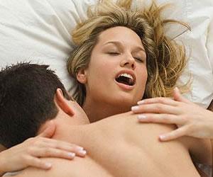 Posturas sexuales para orgasmos intensos