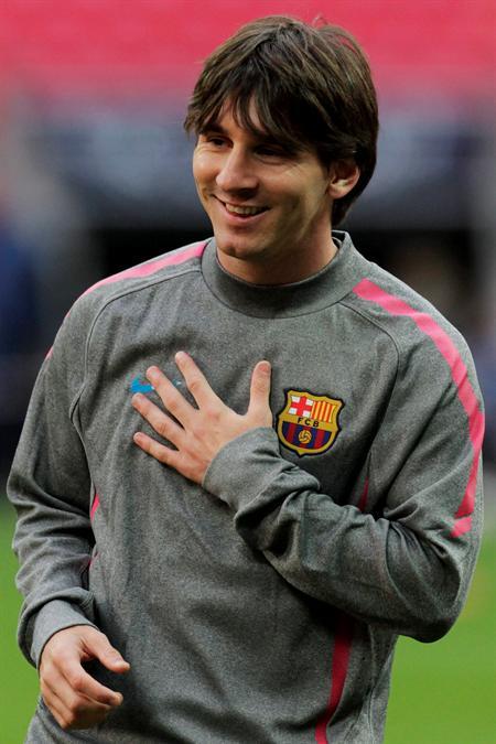 El delantero argentino del FC Barcelona Lionel Messi durante el entrenamiento/EFE