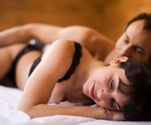 Cómo erotizar a tu compañera, descubre puntos claves