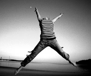 La felicidad mejora la salud y alarga la vida