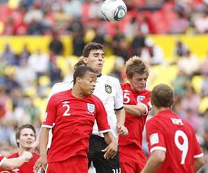 Alemania vence a los ingleses y espera en semifinales a Francia o México