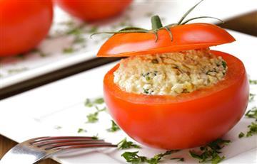 Tomates con espinaca y jamón