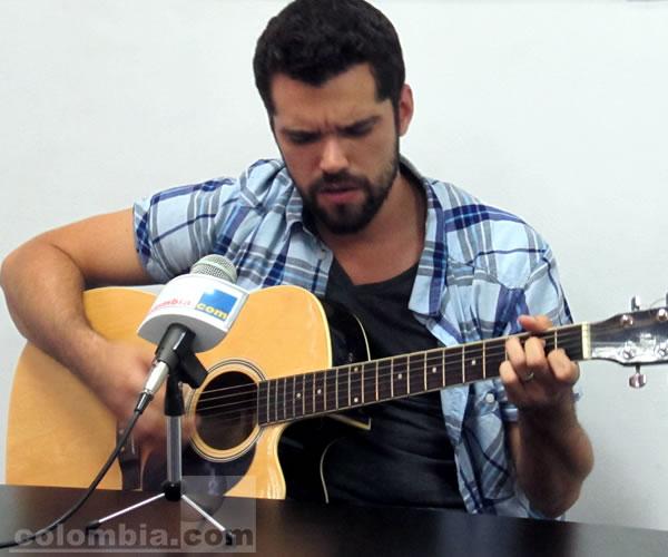 Mario Sebastián, guitarrista líder de Marc Anthony en Colombia.com