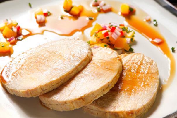 Lomito de cerdo con salsa de papaya