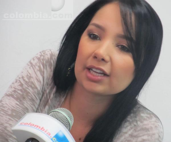 Paola Jara visita Colombia.com