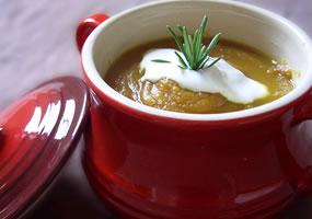 Sopa de manzana y mantequilla