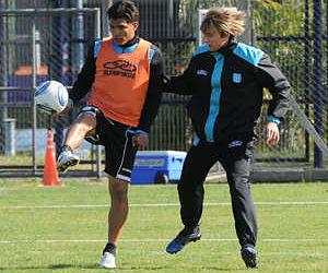 Teófilo se entrenó con Racing y está listo para enfrentar a Boca Juniors