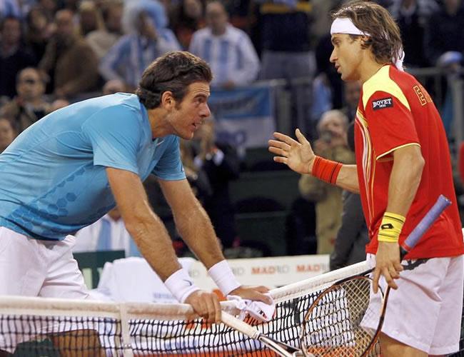 Juan Martín Del Potro y David Ferrer en el segundo juego de la final. Foto: EFE