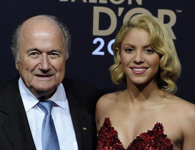 Shakira brilla en la gala del balón de Oro y es invitada de honor FIFA