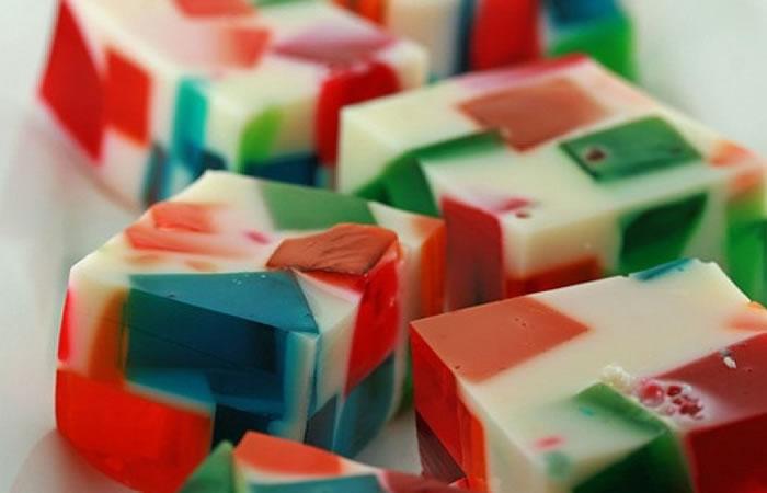 Gelatina multicolor