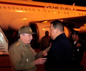 Chávez en la Habana para iniciar radioterapia contra el cáncer