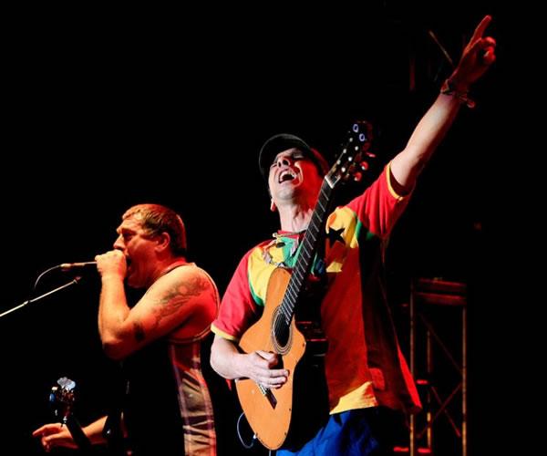Manu Chao puso a saltar a Bogotá en el 'concierto de la esperanza