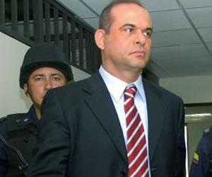 Apoye el gobierno de Uribe, y este me acalló: Mancuso