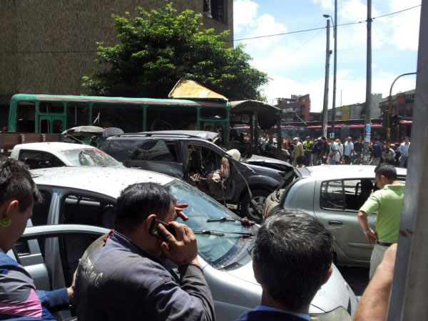 Se registra fuerte explosión en la 74 con Caracas en Bogotá