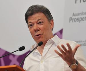 Ninguna amnistía para cabecillas de grupos armados: Santos