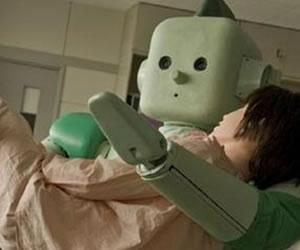 Crean un robot que consuela a pacientes terminales