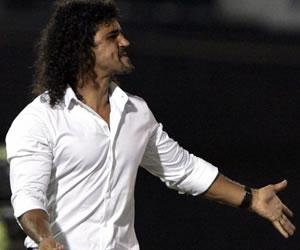 Leonel Álvarez volvería al Medellín; 'Bolillo' Gómez sería 'manager'