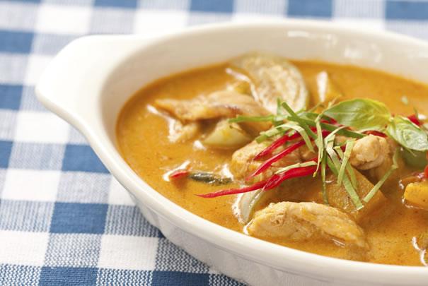 Cerdo al curry con coco