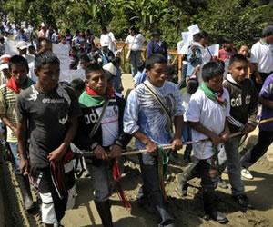 Indígenas suspenden diálogo con Gobierno por ausencia de ministros