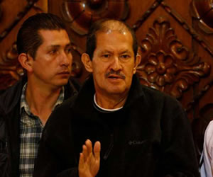 Comisión de senadores visitará al vicepresidente Angelino