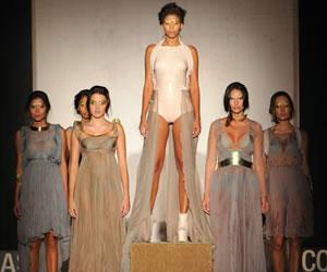 Estudiantes de Medellín lanzan novedosa propuesta de moda