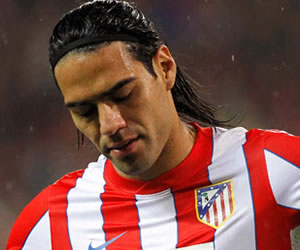 Atlético dominó pero no pudo superar a Levante