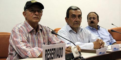 Delegados de las FARC en Cuba. Foto: EFE