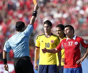 Gary Medel pide disculpas por expulsión ante Colombia