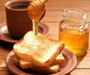 Conoce 12 beneficios que trae el consumir miel
