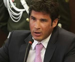 Condenan a 22 meses de carcél a Juan Manuel Dávila por AIS