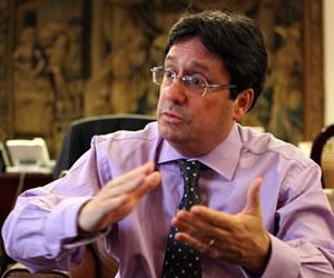 Exvicepresidente Francisco Santos se reunió con paramilitares