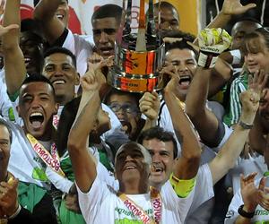 Jugadores de Atlético Nacional celebran el titulo de la Copa Postobón 2012. EFE
