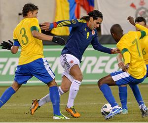 Entretenido empate de Colombia y Brasil