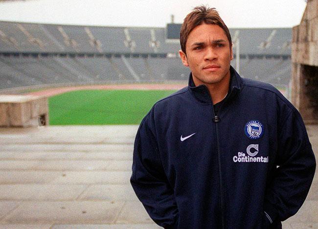 Exfutbolista brasileño, Alex Alves, muere de leucemia