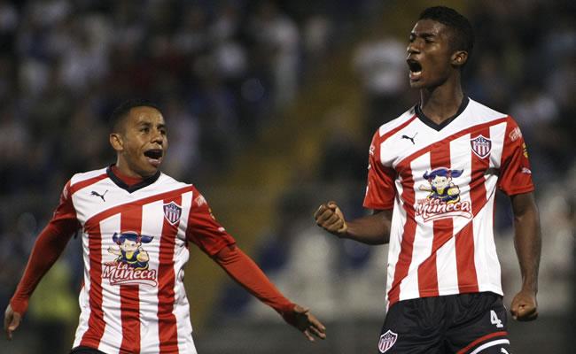 Junior pega primero sobre Millonarios en Barranquilla