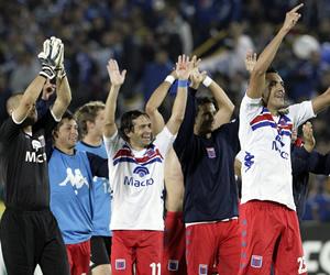 Los jugadores de Tigre de Argentina celebran su triunfo sobre Millonarios de Colombia. EFE
