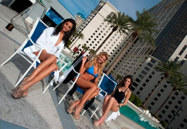 Candidatas a Miss Universo 2012 durante sesión en traje de baño