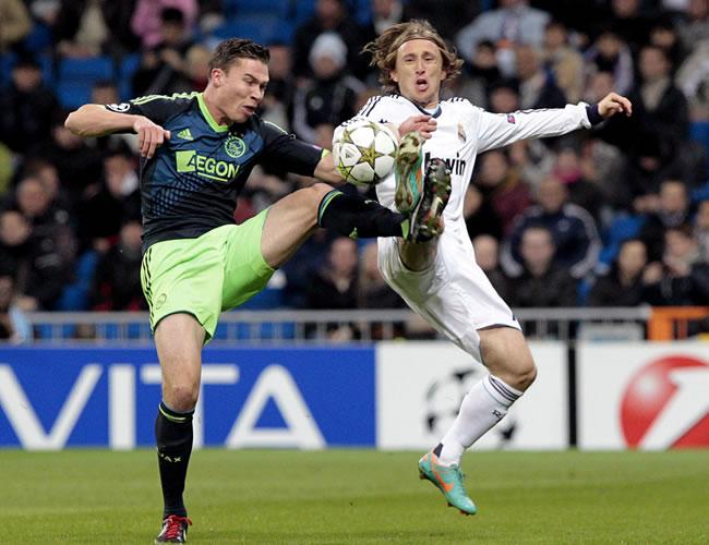 Modric exhibe su visión ante un Ajax que acaba tercero