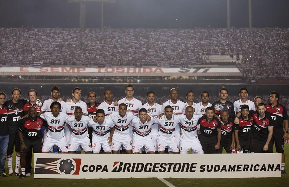 Los jugadores de Tigre son agredidos y CSF le da la copa a Sao Paulo