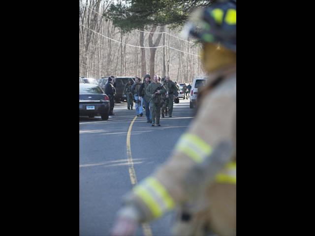 Imágenes del lamentable tiroteo en Connecticut