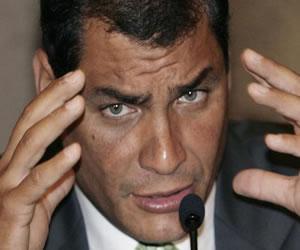 Diálogos Colombia-FARC benefician a América Latina: Correa